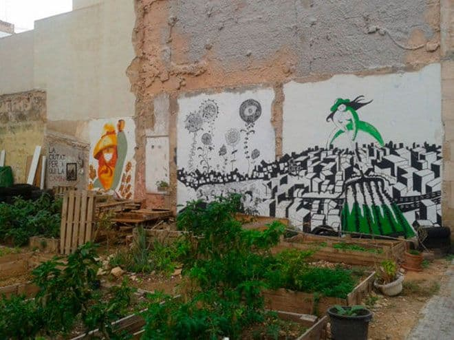 huerto urbano en descampado