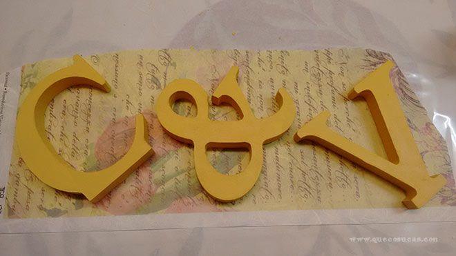 decoupage en letras de madera