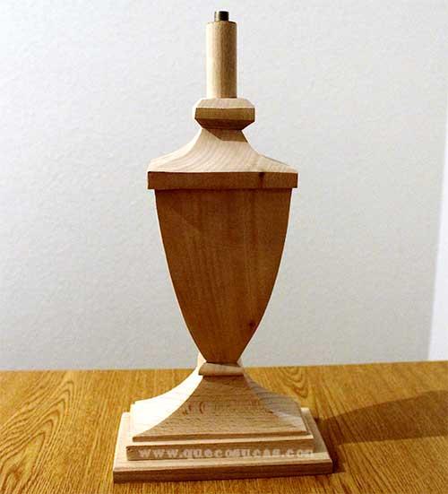pie lampara madera